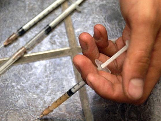 Cartelul heroinei din Ferentari. Zeci de dealeri ce se aprovizionau din Bucureşti şi vindeau droguri în Iaşi, audiaţi de DIICOT